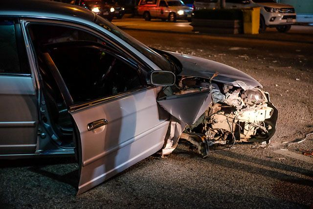 A woman driver died on July 22, 2017, after she rammed her black sedan into a detached trailer parked on Riverdale Avenue in the city of Orange while attempting to veer across all traffic lanes. According to Orange Police Lieutenant Dan Adams, the badly injured driver was rushed to a hospital where she was declared dead. After the tragic accident, authorities sealed all lanes of Riverdale and didn't disclose the driver's identity till her family was informed of her death.