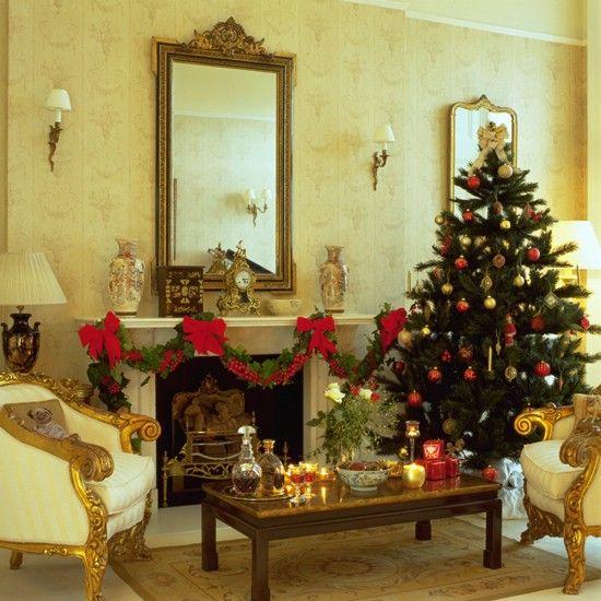 classy christmas houses | Elegant Christmas living room | Christmas accessories | PHOTO GALLERY ...