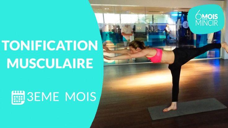 C'est le 3 ème  mois du programme «   6 mois pour mincir   », et Lucile Woodward, coach sportif, vous a préparé une séance de renforcement musculaire, qui mélange yoga et fitness. Pour obtenir des résultats, mangez équilibré et si vous le pouvez, faites vous accompagner d'un nutritionniste.   >> A pratiquer plusieurs fois par semaine et à combiner avec la séance cardio du 3eme mois. Pensez également à pratiquer la séance de stretching 1 fois par semaine.     Vidéos du 1 er  mois…