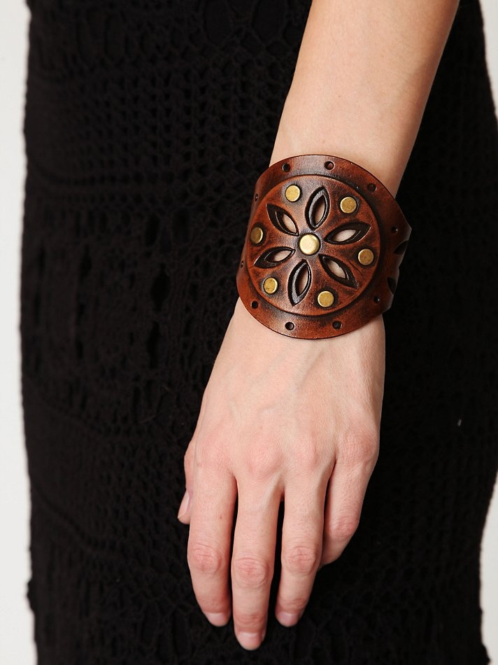 1000 Ideas About Leather Cuffs On Pinterest Leather