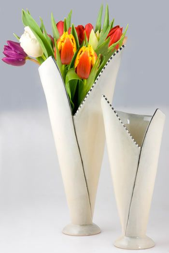 25 best ceramic vase trending ideas on pinterest for Ceramic vase ideas