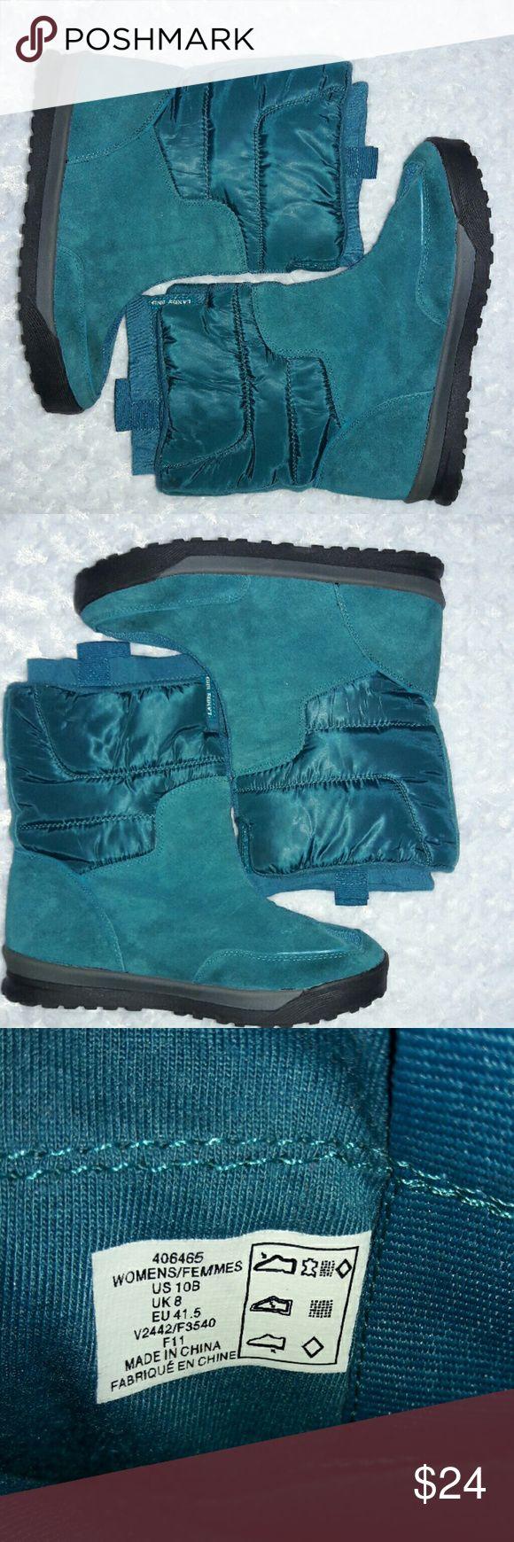 Lands End Boots Women's Snow Winter Size 10 Lands End Boots Women's Snow Winter   Size 10B  Color ~ Teal  Worn once Lands' End Shoes Winter & Rain Boots