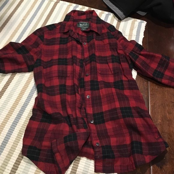 Women's Woolrich Flannel Shirt Red and black flannel shirt, only wore once. Women's size Med Woolrich Tops Button Down Shirts