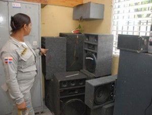 PN detiene a 29 personas por contaminación sonora; ocupa decenas de bocinas y cajones
