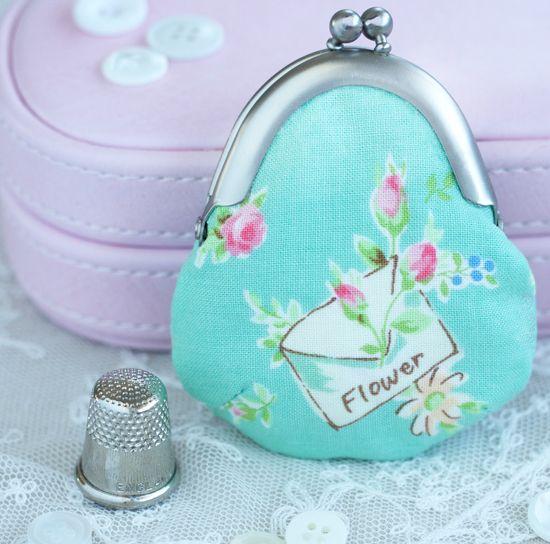 Pretty by Hand -