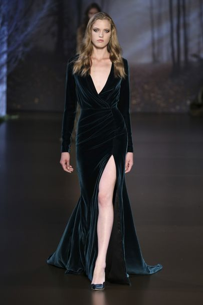 Ralph & Russo Autumn/Winter 2015 Couture Collection | British Vogue