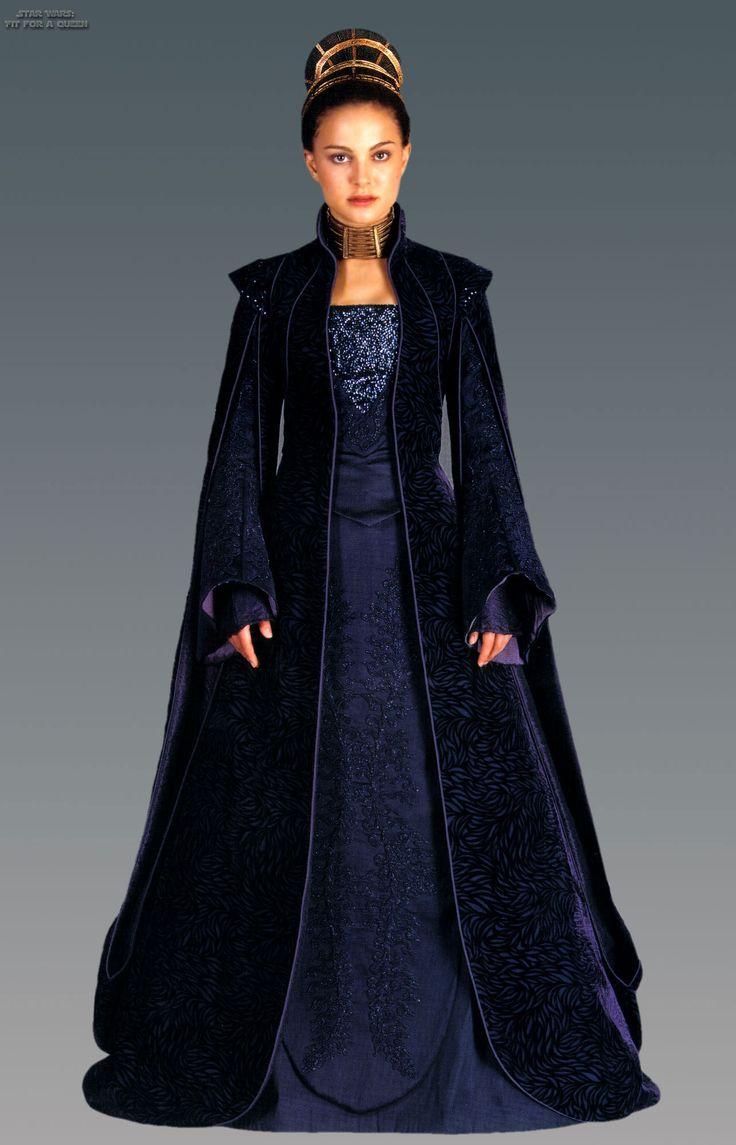 Natalie Portman - Star Wars: Episode II - Attack of the Clones (2002) (1285×2000)