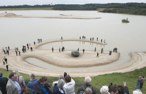robert smithson - Google Search