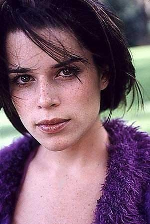 Neve Campbell naked - free pictures and videos at ...