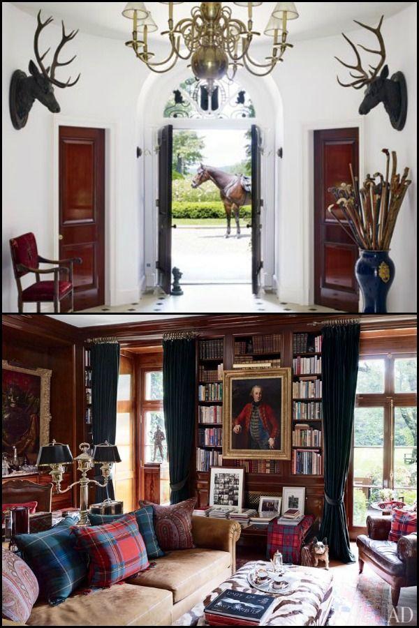 "Ralph Lauren  Ο βασιλιάς του αμερικάνικου στυλ έχει καθορίσει το design με τις συλλογές του για το σπίτι. Σε ένα από τα σπίτια του, στο Bedford του Λος Άντζελες το μεγαλοπρεπές συναντά το ρουστίκ. Με πλήθος μοτίβων, αλλά χρωματική συμφωνία από κόκκινο, πράσινο, μπλε, καφέ και λευκό, η ατμόσφαιρα είναι τόσο πληθωρική όσο και ζεστή. Μακριά από οτιδήποτε θεωρείται ""trendy"" τόσο στα ρούχα όσο και το σπίτι του, ο Ralph Lauren υποστηρίζει απόλυτα το κλασικό αμερικάνικο όνειρο."