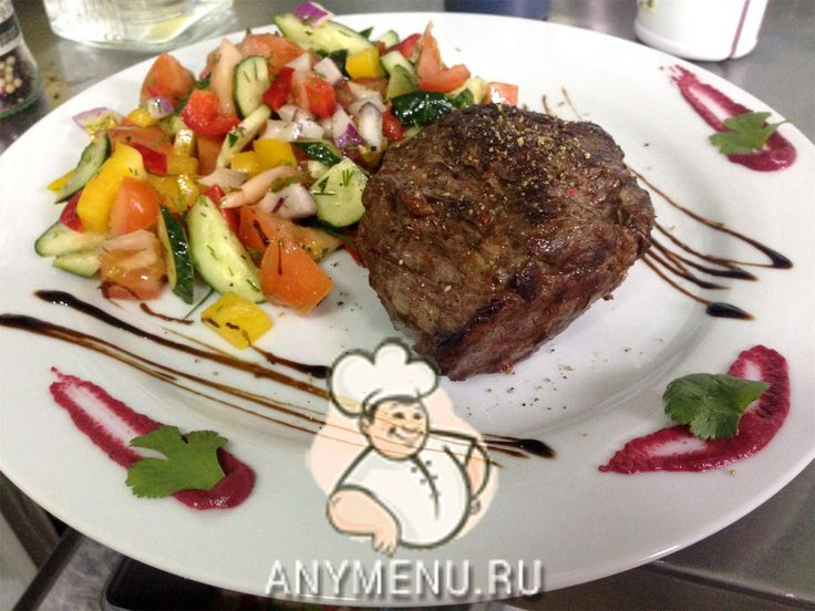 Сочный стейк Шатобриан, в домашних условиях http://feedproxy.google.com/~r/anymenu/hMaC/~3/3JVP2HyKULM/  Шатобриан – королевское блюдо среди стейков. Этот мясной деликатес является французским аналогом английского бифштекса, готовящегося из молодой говядины. Сочный стейк Шатобриан, в домашних условиях Если мясо правильно приготовить ,оно получится вкусным, сочным и тающим во рту. По правилам, цвет мяса может быть от нежно-розового до красно-кровавого, что соответствует прожаркам Medium Rare…