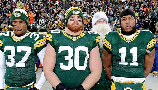 Aaron Rodgers Photobomb!