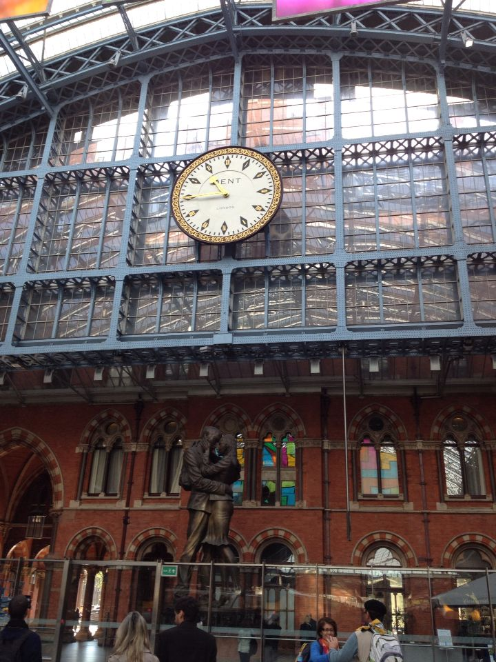 Kings Cross st Pancras love it's always on time!!!!