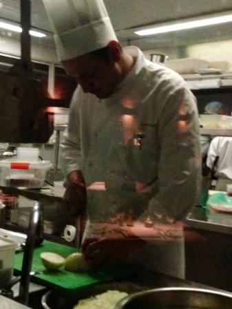 Santovino Ristorante: cortando temperos. Foto de cliente Clariceof