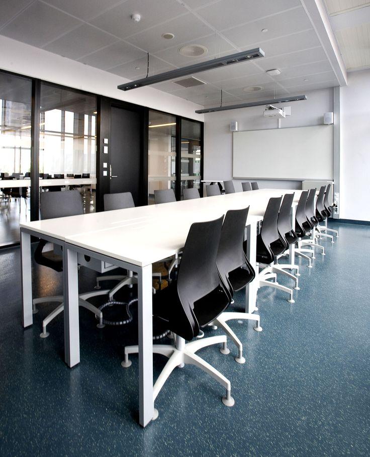 Kuben Yrkesarena School Oslo, Norway Granito flooring