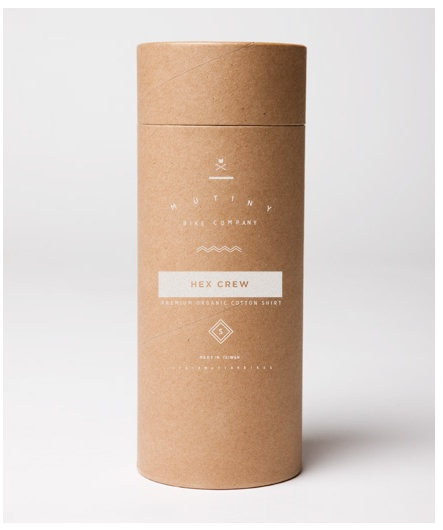 Elliot Mckellar DC: T-shirt packaging