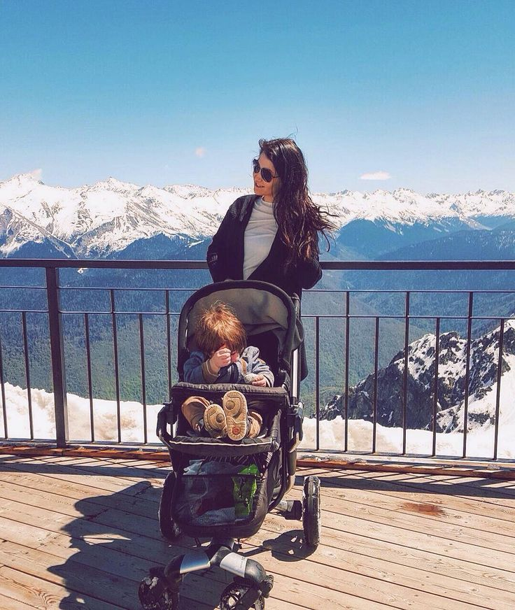 NEO is for both the city or any adventure the weekend takes you!  #family #familytime #mountains #snow #winter #wintertime #whitemountains #momandson #motherhood #stroll #stroller #concord #concordneo #buggy #pushchair #kindersitz #passeggino #poussette #cochecito #carritobebe #son #toddler #boy #repost