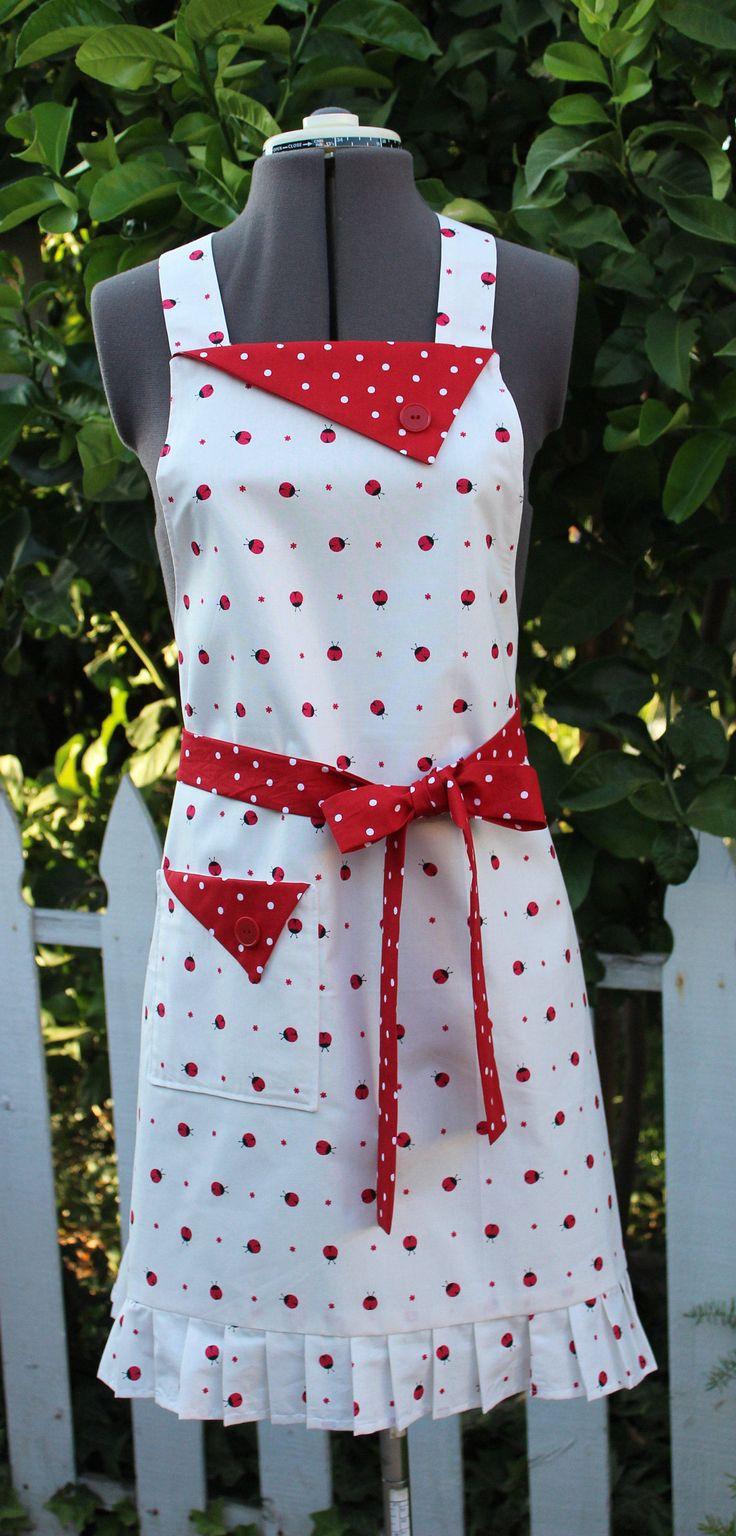 Ladybug Apron, Red and White Ladybugs, Full Apron, Retro Style Apron, Ladybugs, Vintage Style Apron, GladstoneCottage by GladstoneCottage on Etsy