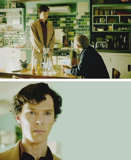 Sherlock wears Derek Rose Kensington camel dressing gown