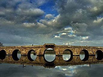 Mimar Sinan - Büyükçekmece köprüsü. Istanbul 1566