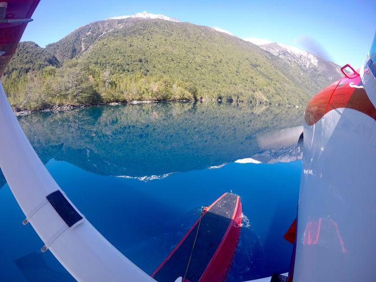 lago azul mirror