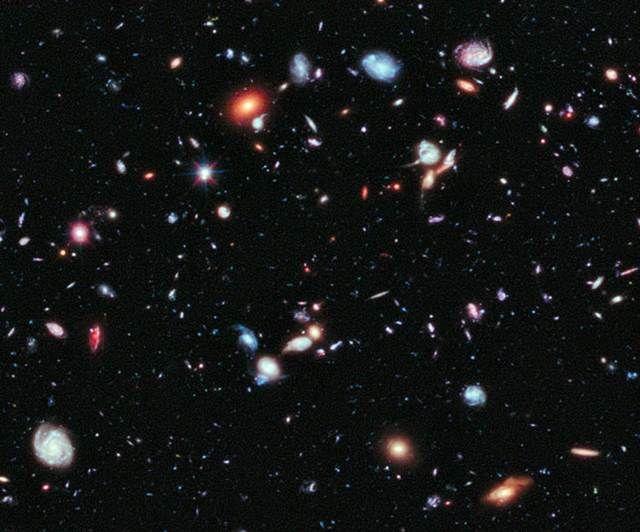 Hubble telescope reveals farthest-ever view of universe (Photo: NASA / ESA / UCSC / Leiden / HUDF09)
