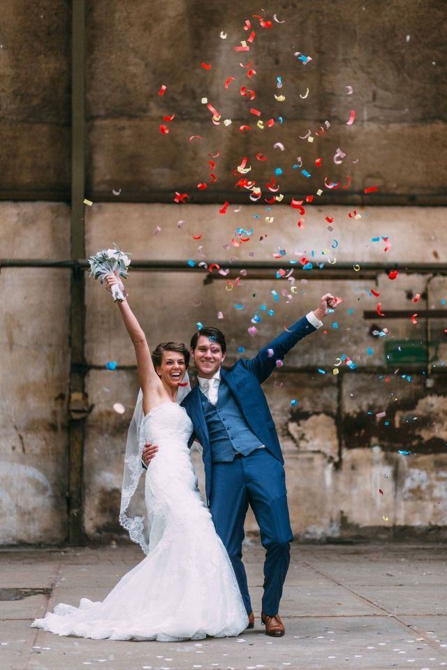 Trouwen in De Oude Hortus in Utrecht   ThePerfectWedding.nl #confetti #wedding