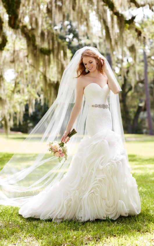 777 Graphic Lace Wedding Gown by Martina Liana
