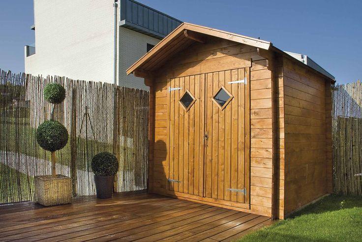 Caseta de madera con dos puertas