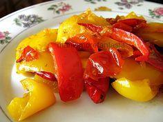 Un contorno semplice di peperoni, un modo veloce e pratico per cucinare light