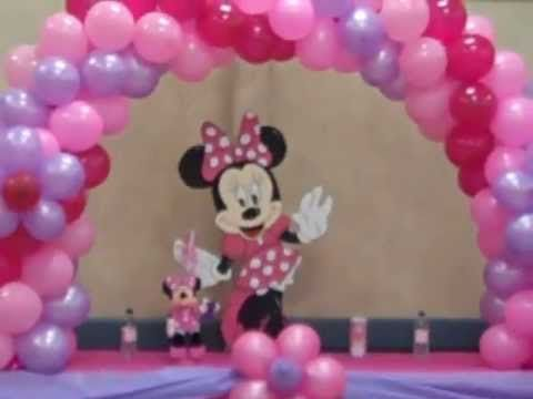 Mickey + Minnie balloon columns + arches  By Balloonmagiccre