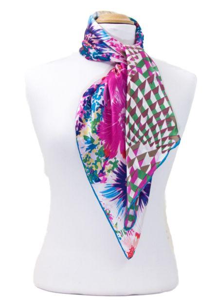 453a68625f3f foulard carré de soie rose florie 2-min   mesecharpes.com   Pinterest    Satin and Boutique