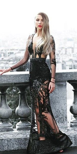 CRISTALLINI #BlackDress #Sequins #RedCarpet #Prom #Luxury