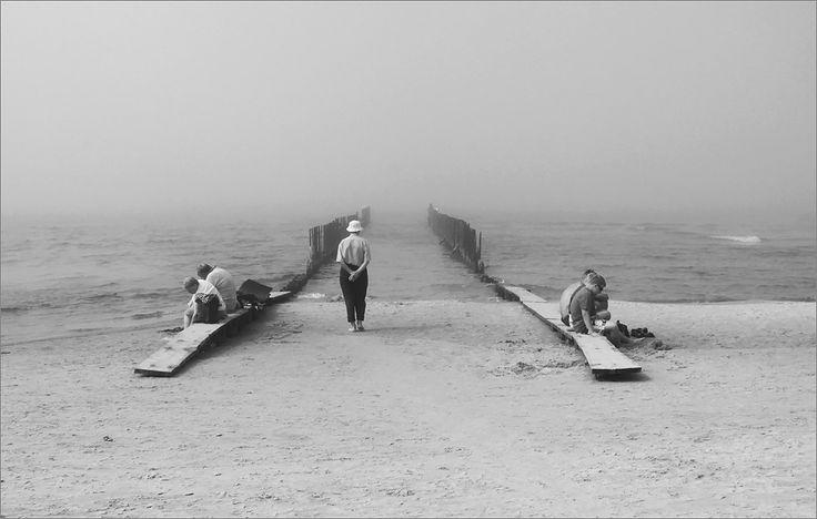 .... by Dorota Miklaszewska on 500px #blackandwhite #sea  #baltic #art #street
