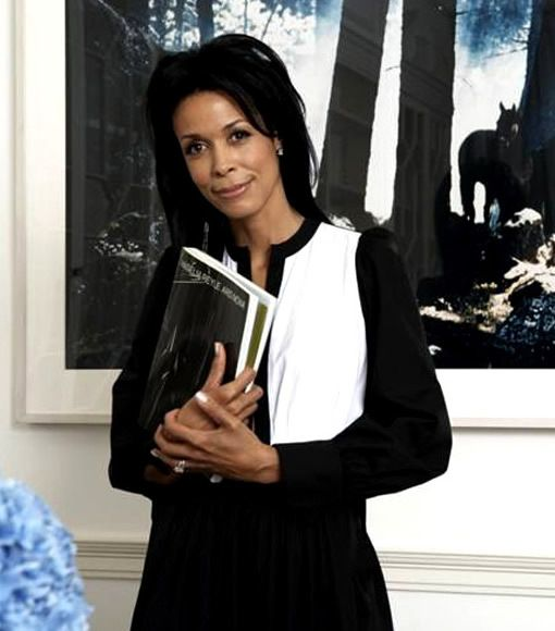 Kim Heirston is a private art advisor and founder of Kim Heirston Art Advisory LLC. For more than twenty years, she has worked with clients worldwide to develop post-war and contemporary art collections for private residences, corporate headquarters, hotels, and foundations.
