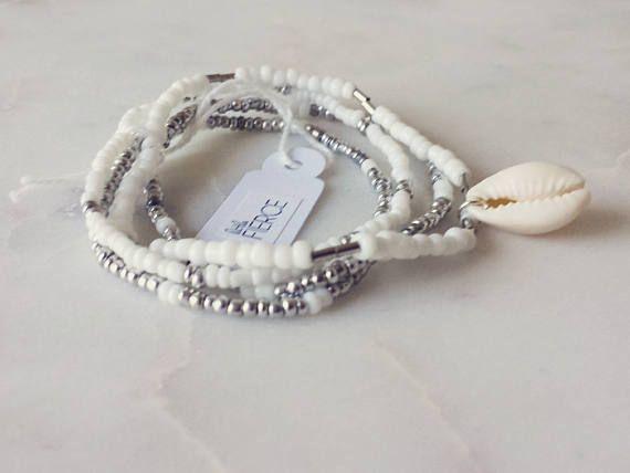 Cowri Shell Bracelet / Beaded Bracelet / Beaded Layered  #cowrishellbracelet #beadedbracelet #shellbracelet #beachybracelet #bohofashion