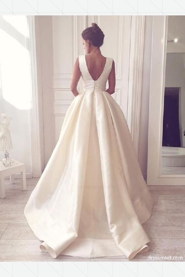 Custom Made Popular Ivory wedding dress, bridal gown, bridal gown with open back