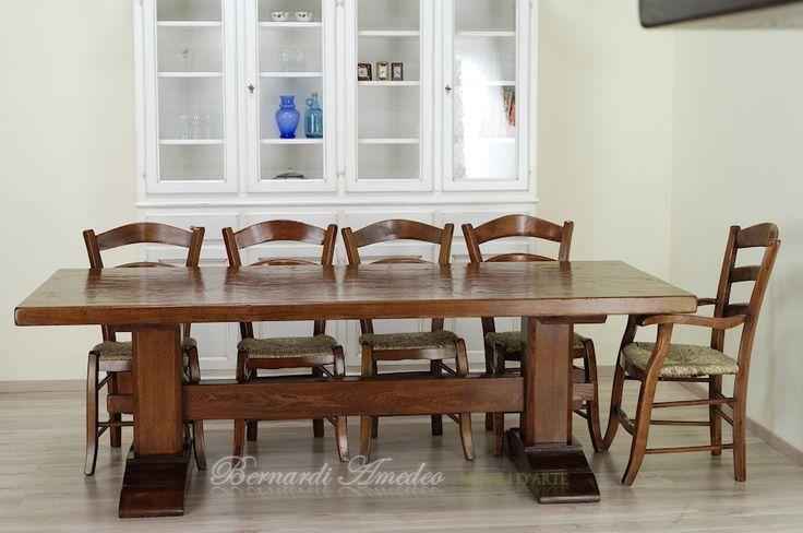 Tavolo fratino in olmo massello spessore 7 cm con sedie fatte a mano in robinia e impagliate a mano