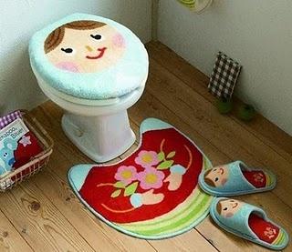 Matrioskas bathroom