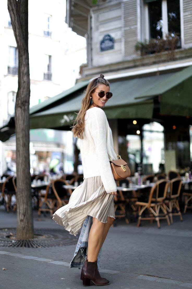 bartabac-clarks-botas-chloe-bag-outfit-paris-falda-plisada-moda-blogger-2