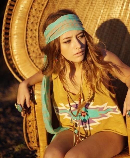 hippie chic mode femme coiffure hippie hippie style et robe romantique. Black Bedroom Furniture Sets. Home Design Ideas
