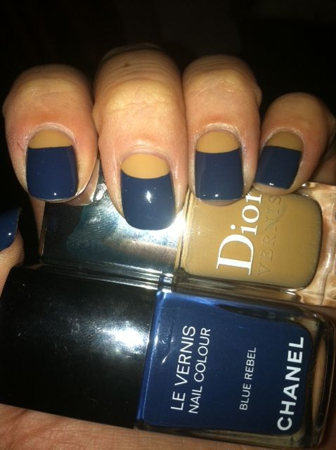What?! blue and gold nails?