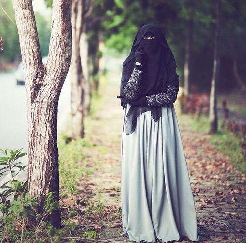 the Beauty of Hijab (+Niqab)...BEAUTIFUL -Khalida