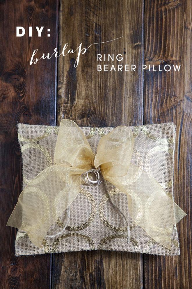 DIY: --No Sew-- Burlap Ring Bearer Pillow! & 21 best DIY Ring Pillows images on Pinterest | Ring pillows Diy ... pillowsntoast.com