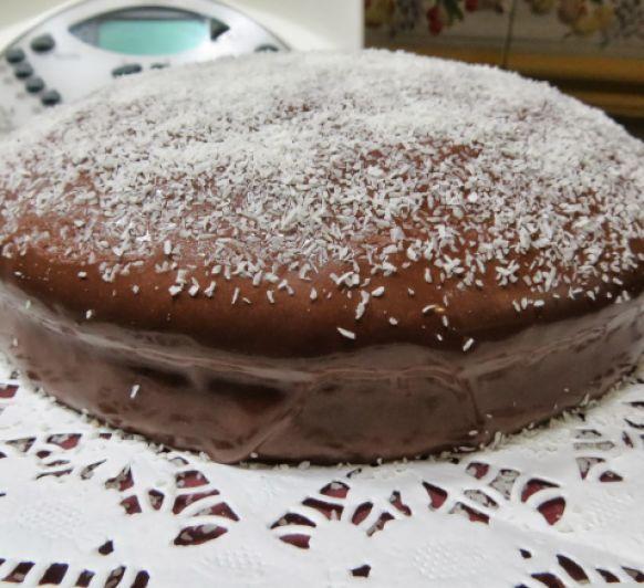 ¡¡¡¡¡Tarta borracha de chocolate y coco ¡¡¡¡¡, una receta de Postres y dulces, elaborada por MARIA MAR DE CASTRO LOPEZ. Descubre las mejores recetas de Blogosfera Thermomix® Madrid Mendez Alvaro
