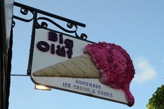 Big Olaf's on Siesta Key, best ice cream in town #thevillage #siestakey
