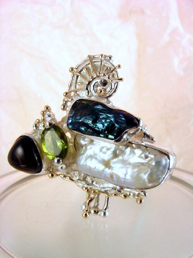 серебро и 14-каратное золото, перидот, розовый турмалин, жемчуг, Григорий Пыра Пиро квадратной формы кольцо 8932