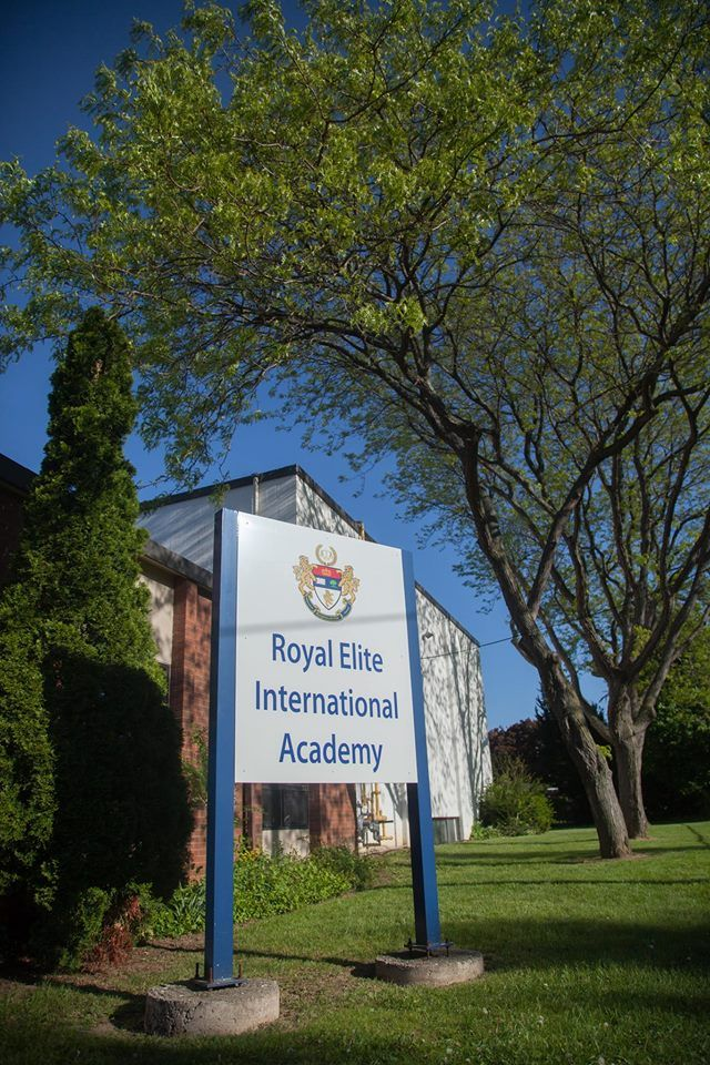 Международная старшая школа в Канаде Royal Elite International Academy #учеба #школа #Канада #REIA #BellGroup  Royal Elite International Academy (REIA) - это международная старшая школа. Школа находится в Онтарио, центральный кампус находится в 15 минутах от Ниагарского водопада.  В REIA студенты достигают следующего: - 100% поступивших на дальнейшее обучение - Стипендия в ведущих университетах - Высокие балы в конкурсах