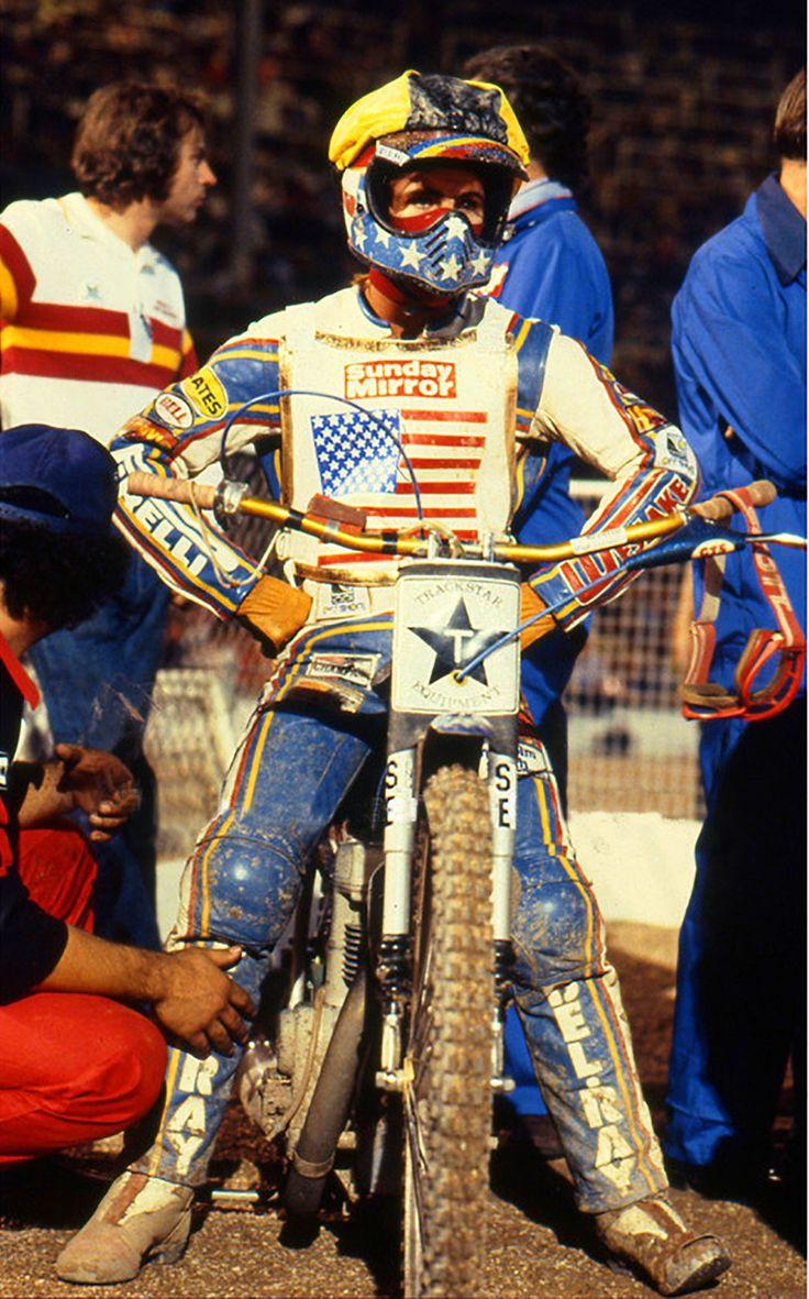 Bruce Penhall awaits the start of Heat 14 of the 1981
