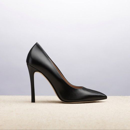 MANHATTAN BLACK _ SPRING SUMMER 2015 COLLECTION | #altiebassi #spring #summer #2015 #sophisticated #italianshoes #woman